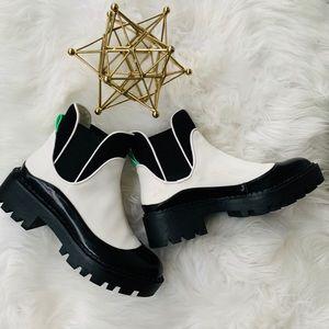 Zara Black and White Lug Sole Boots Sz35